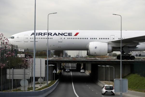 敘利亞恐遭空襲 航空公司調整飛航路線 - 國際 - 自由時報電子報