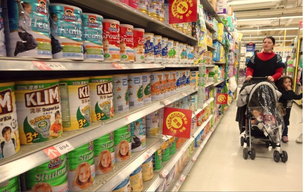 奶粉亂漲 行政院推說反映進口成本 - 生活 - 自由時報電子報