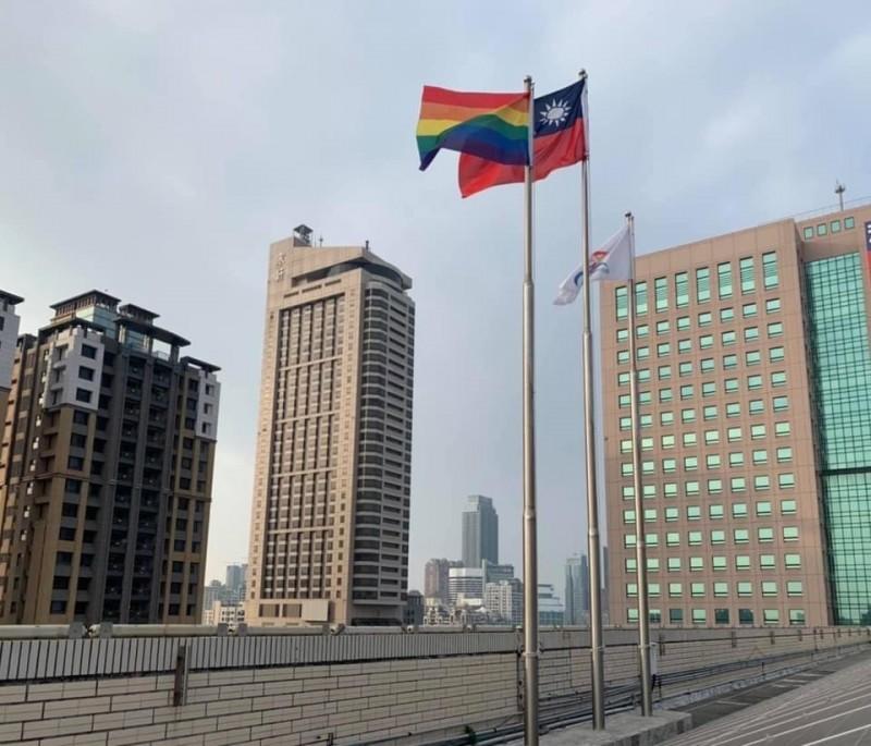 高市同志大遊行今登場 市府升彩虹旗支持性別平權 - 政治 - 自由時報電子報