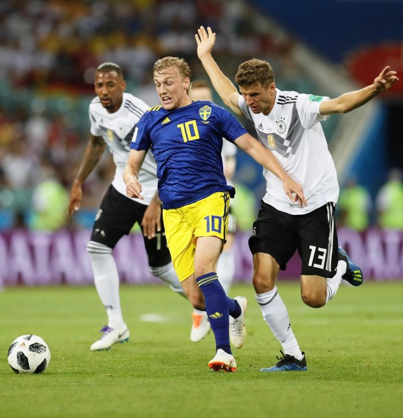 世足賽Live》克羅斯自由球絕殺瑞典!德國力保晉級機會 - 自由體育