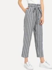 Pantalon à rayures avec ceinture