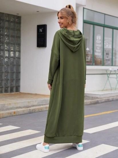 Robe à capuche avec cordon