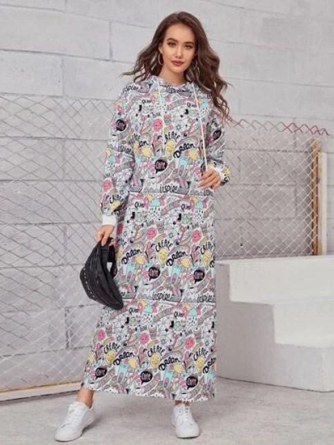 Robe sweat-shirt à capuche avec imprimé pop art
