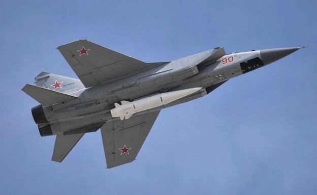 Avions MiG portant des armes développées par la Russie (Photo: kremlin.ru)