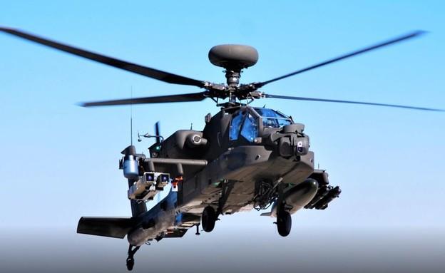 L'hélicoptère et le missile (Photo: US Air Force)