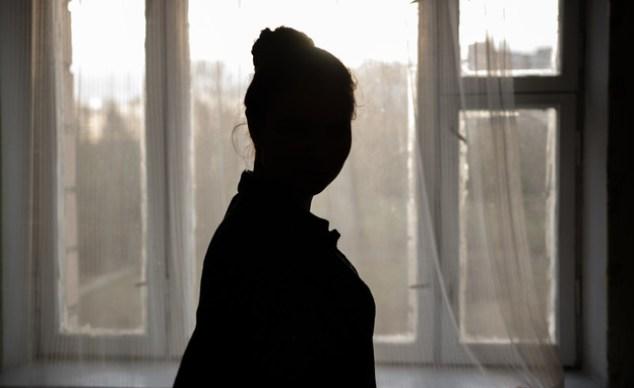 Woman, silhouette (illustration: Dmytro Khlystun, shutterstock)