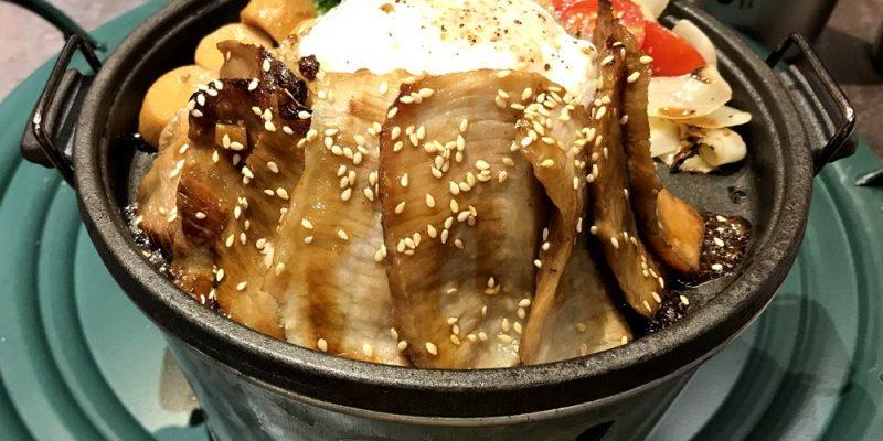 台中北區美食|酷必牛排飯-五星級舒肥牛排 BBQ塔圖豬 水波蛋拌飯@一中商圈