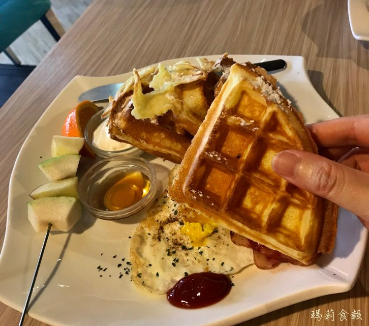 台中北區|In cafe 浸在咖啡 甜、鹹鬆餅必點 科博館周邊早午餐推薦