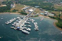 Champlin' Hotel Marina And Resort In Block Island Ri