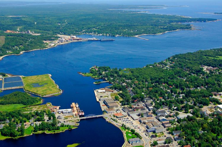 Liverpool Harbor in Liverpool, NS, Canada - harbor Reviews ...
