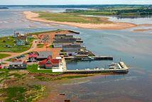 Rustico Bay Harbour In North Pe Canada - Marina