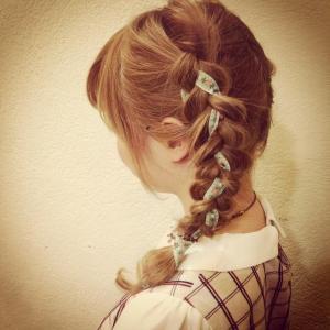 「編み込みヘア」の画像検索結果
