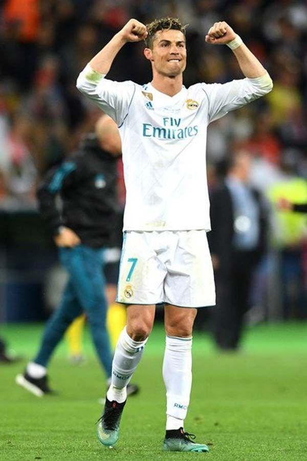Ronaldo Vertical : ronaldo, vertical, Cristiano, Ronaldo, Shamelessly, Mocks, Gareth, After, MatchWinning, Performance