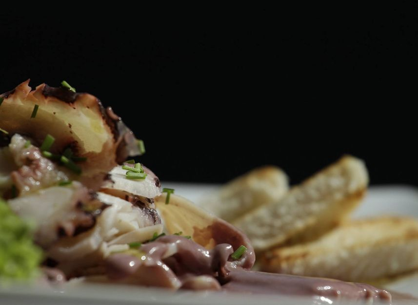 Tambo  Patio Bellavista  Restaurante  Reserva en restaurantes de Comida Peruana  Restaurantes en Providencia  MESA 247  Santiago  Chile