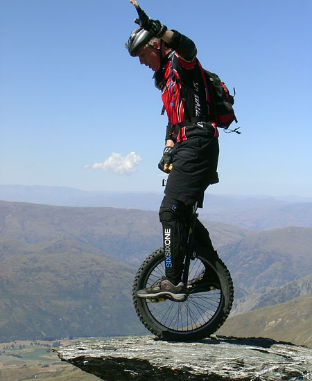 Everest unicycle