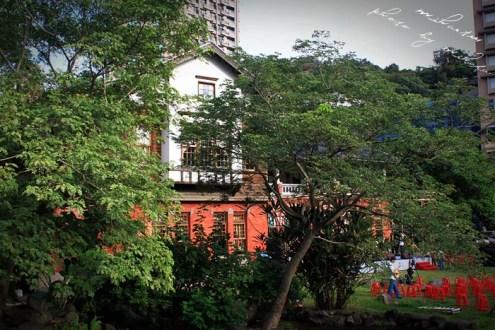 台北》搭捷運去旅行:台北熱門婚紗景點捷運新北投站,溫泉博物館