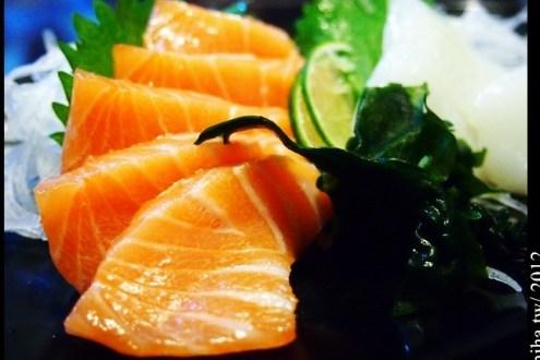 台中》超人氣日本料理 阿裕壽司,推到爆超平價新鮮生魚片(常要排隊)