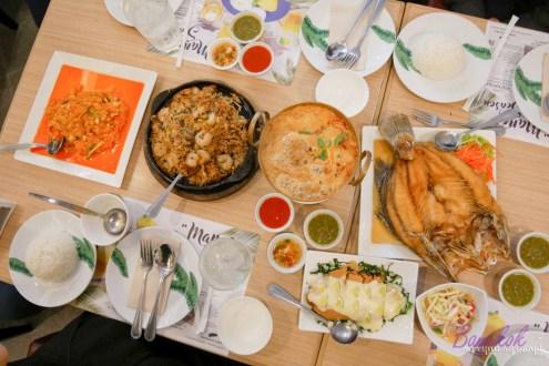 曼谷》平價泰菜餐廳Banana Leaf 連泰國人都超愛!Sala Daeng站旁商場