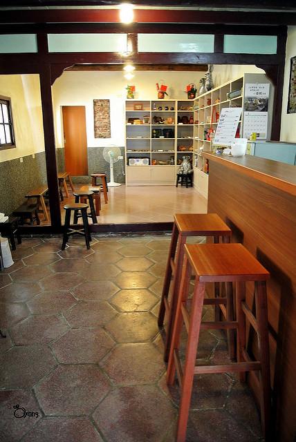 台南安平景點   安平書房 二魚咖啡  有一個人 因蒲公英 影響了他 改變一生