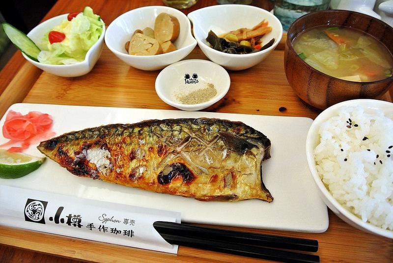台北松山美食   小樽手作珈琲 專注煮好每杯手作咖啡 空運來台的鬆餅原料 只為滿足您到來