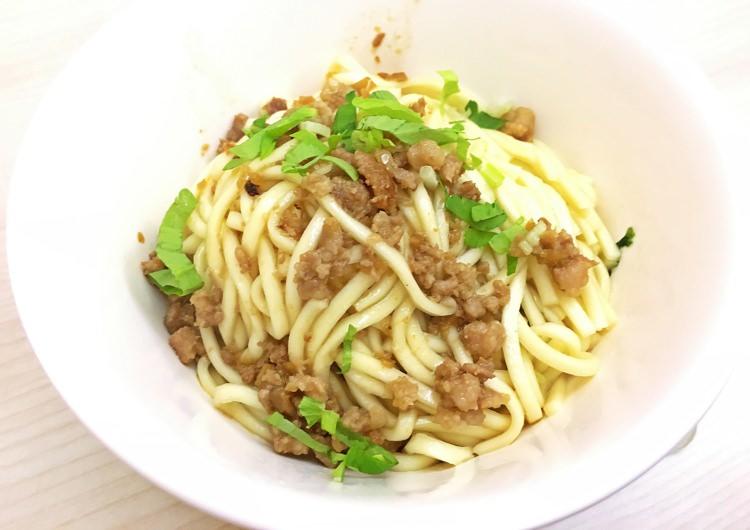 臺中西區美食   鹿港肉焿泉 好便宜在地排隊小吃 向上市場 華美街美食 魷魚肉羹 - 。小食曰。