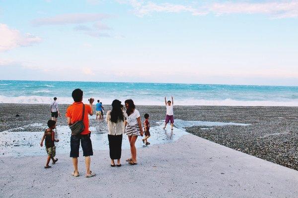 花蓮新城景點 | 七星潭風景區 賞星 踏浪 騎單車 日出在太平洋左岸