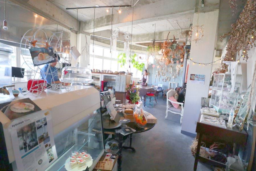 沖繩那霸美食 sweets cafe O'CREPE オークレープ 國際通 夢幻甜點店 日式軟式可麗餅 帥氣型男糕點師 少女心下午茶時光