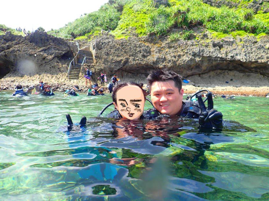 沖繩潛水推薦 青潛 BEST DIVE OKINAWA おきなわ 青之洞窟深潛體驗 中文溝通 VR攝影&照片 滑翔傘