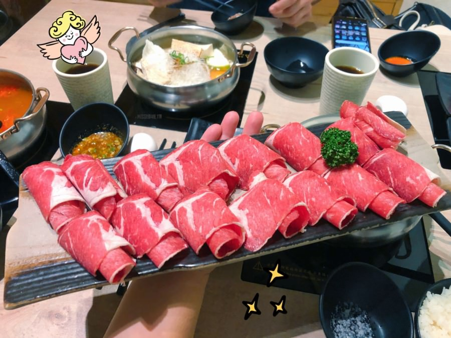 台中西區美食 老樂灣手作鍋物 均一價200元 龍蝦不用千元就吃的到 起司牛奶 可刷卡