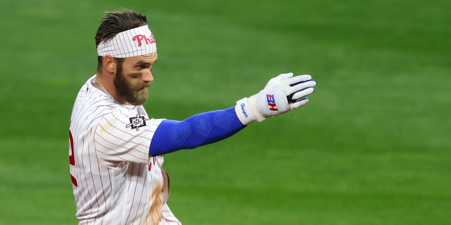 Bryce Harper, Phillies Roll Against Cardinals
