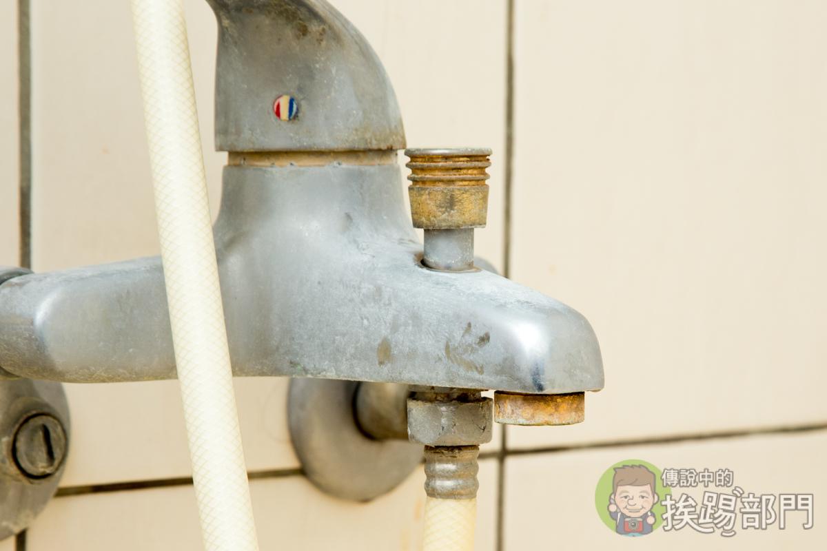 您家的水龍頭濾網有更換過嗎?水樓頭出水是不是越來越小又分岔呢?DIY 無痛提昇水壓一次搞定 - 傳說中的挨 ...