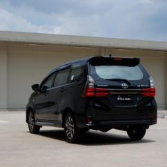All New Avanza Veloz 2019 Perbedaan Kijang Innova Review Toyota Perubahan Sang Raja Mengikuti Zaman Tampilan Belakang