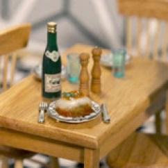 Summer Kitchen Ideas White Stone Countertops 会让你爱上烹饪的迷你厨房 夏天的厨房想法