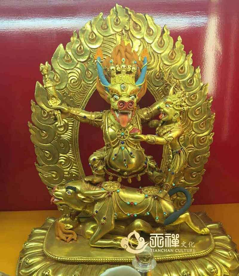 西藏藏傳密宗銅佛像的特點和分辨方法