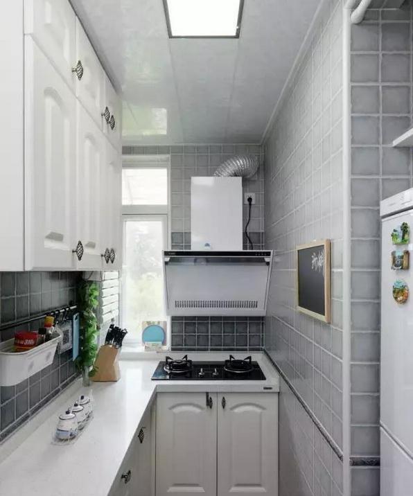 cheap kitchen storage white curtains 用白菜价装出的漂亮厨房 这个旧房改造不得了 便宜的厨房存储