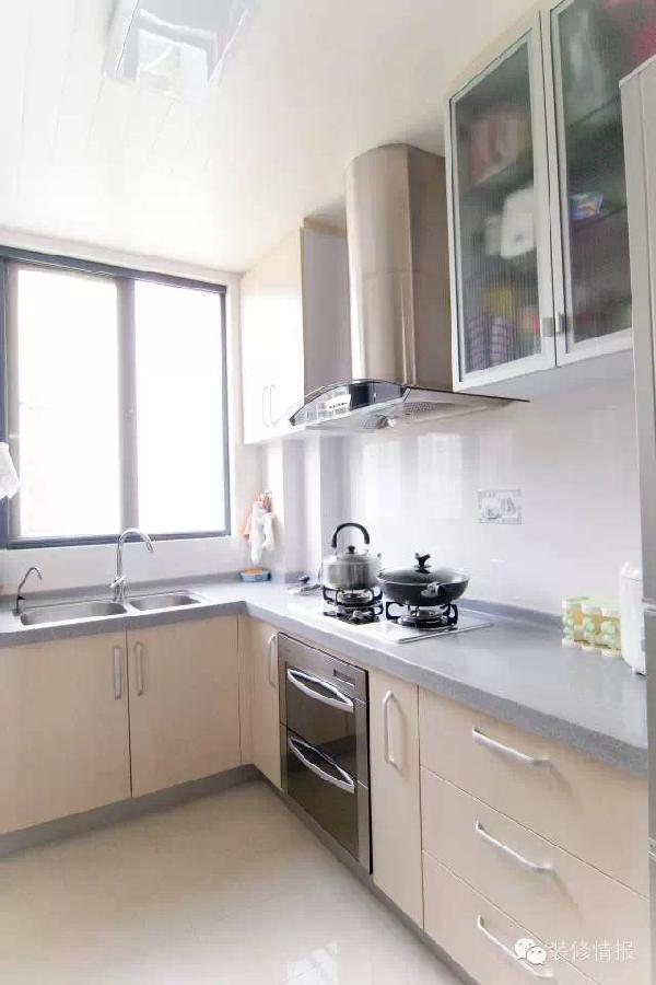 kitchen on a budget grey modern cabinets 预算2万以内 小厨房这么装修最实用 预算的厨房