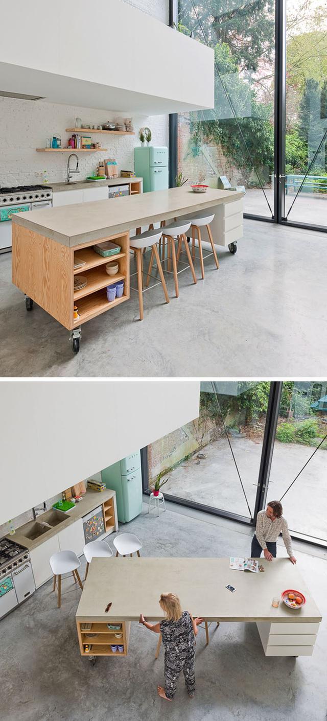 mobile home kitchens fold out kitchen table 在厨房做一个移动中岛怎么样 一个移动式的厨房有很多好处 比如可以更方便在厨房做餐 给你的空间添加一个现代工业风的元素 这里的例子使便携式厨房在现代家庭使生活更容易 更方便