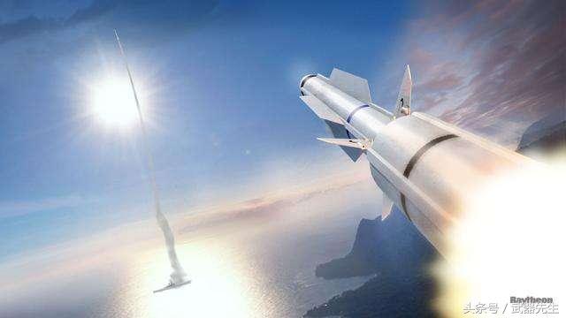 """最新型""""标准""""-6导弹开始海上测试"""