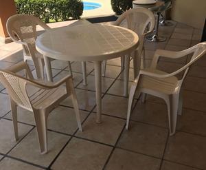 Juego de comedor mesa redonda y 4 sillas  Posot Class