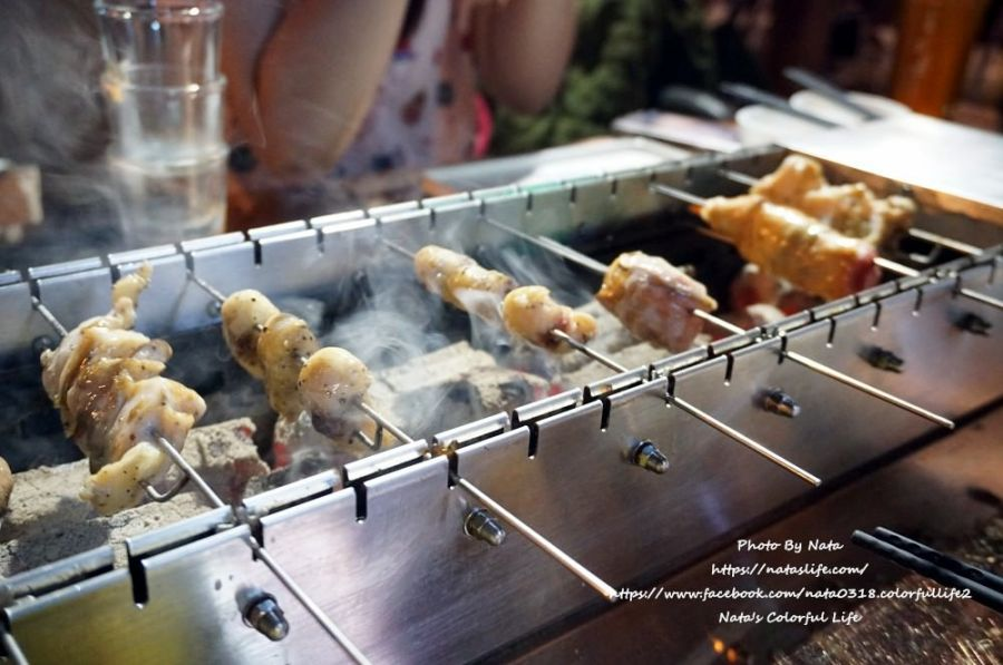 【美食♔台南安平區燒烤】請上桌國際港灣。免動手「自動旋轉烤台」!不只吃燒烤,也吃海鮮│安平燒烤