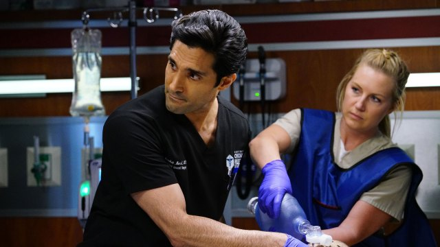 "200130 4108303 Pain Is for the Living - Chicago Med (S05E13-14) ""Pain is for the Living""/""It May Not Be Forever"""