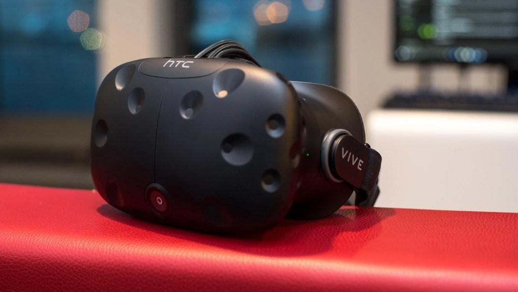 HTC Vive im Test: Abtauchen und Berge erklimmen - NETZWELT