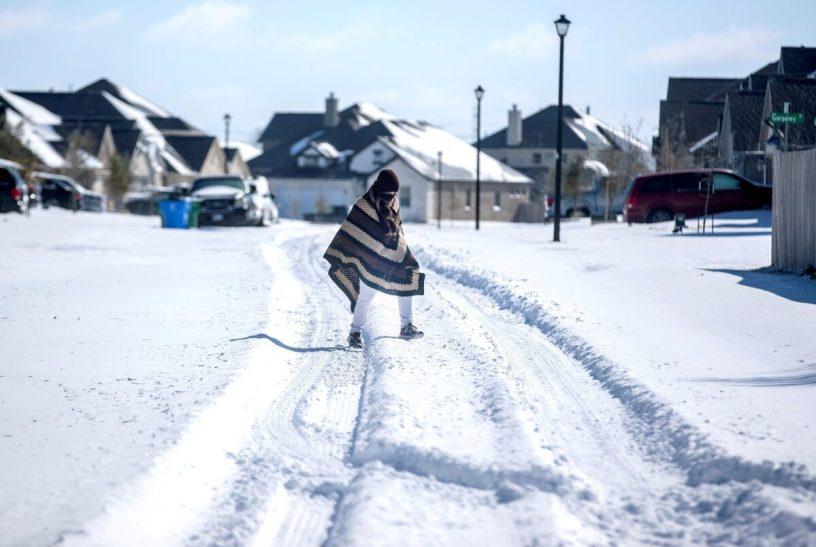 Man walks in the snow