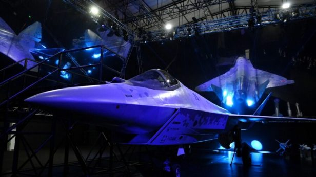Putin Inspects New Russian Fighter Jet Unveiled at Air Show