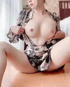 Pic + Lê Kim Loan Top 1 múp và dâm Update