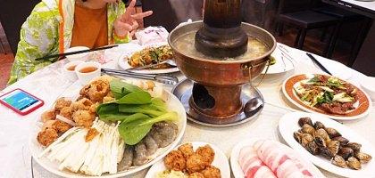 台北、士林|忠義街 加來川湘菜館 陽明醫院旁大份量超值酸菜白肉鍋