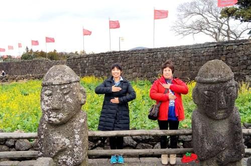 韓國、濟州島|濟州島包車好easy.漢拿山、高空滑索、洞窟咖啡、涉地可支、城邑民俗村、城山日出峰一次滿足