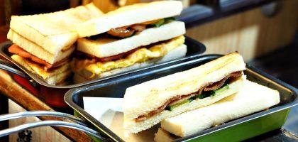 台南、中西區|夯胖日式炭烤吐司.好吃的排隊宵夜