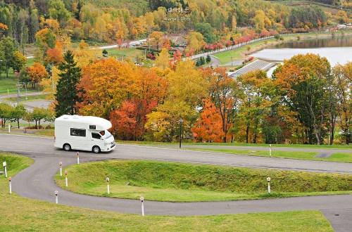 北海道露營車之旅|KKday輕鬆租.走到哪吃到哪睡到哪