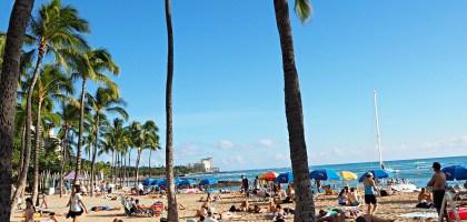 夏威夷檀香山威基基海灘 Waikiki Beach.躺下就贏了!